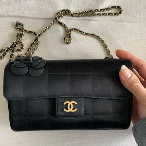 Chanel Mini Camellia